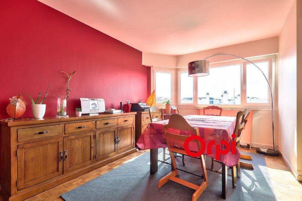 Appartement à vendre 4 91.74m2 à Lyon 7 vignette-5