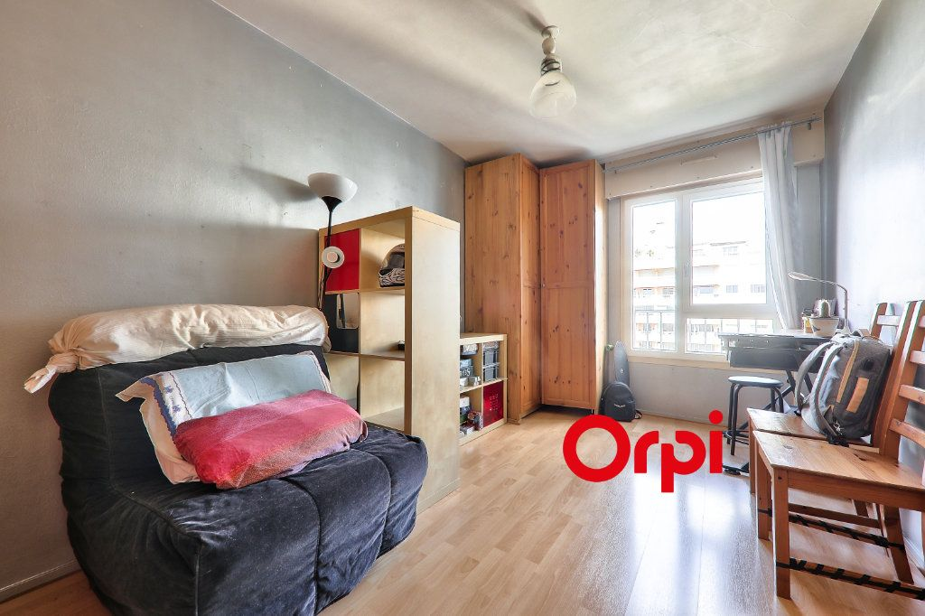 Appartement à vendre 4 91.74m2 à Lyon 7 vignette-10