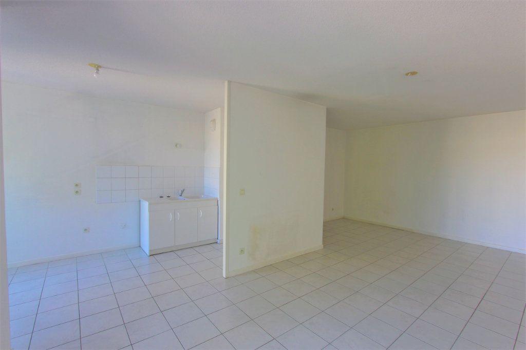 Appartement à vendre 2 51.11m2 à Lyon 8 vignette-3