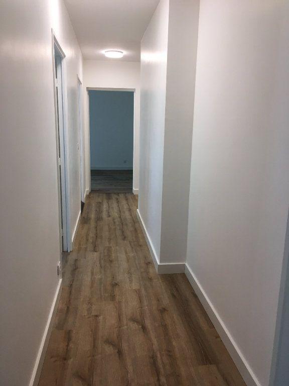 Appartement à louer 3 61.74m2 à Lyon 3 vignette-15