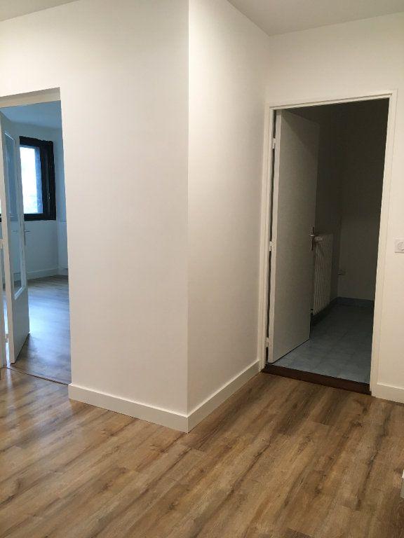 Appartement à louer 3 61.74m2 à Lyon 3 vignette-17