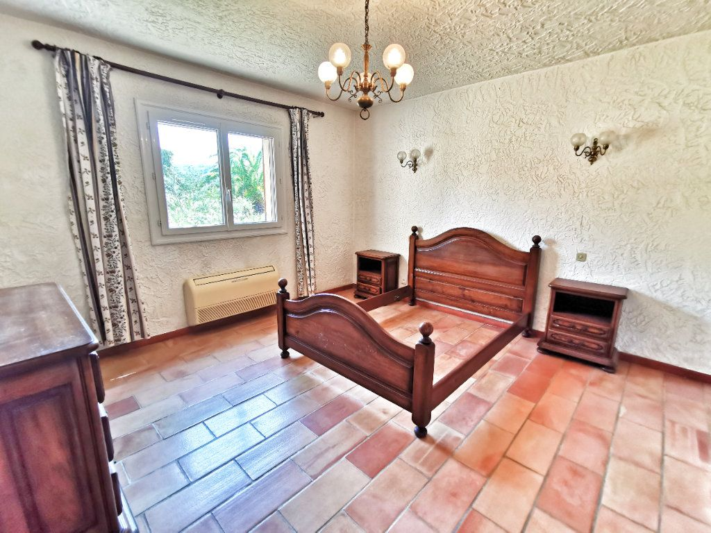 Maison à vendre 4 160m2 à Tanneron vignette-9