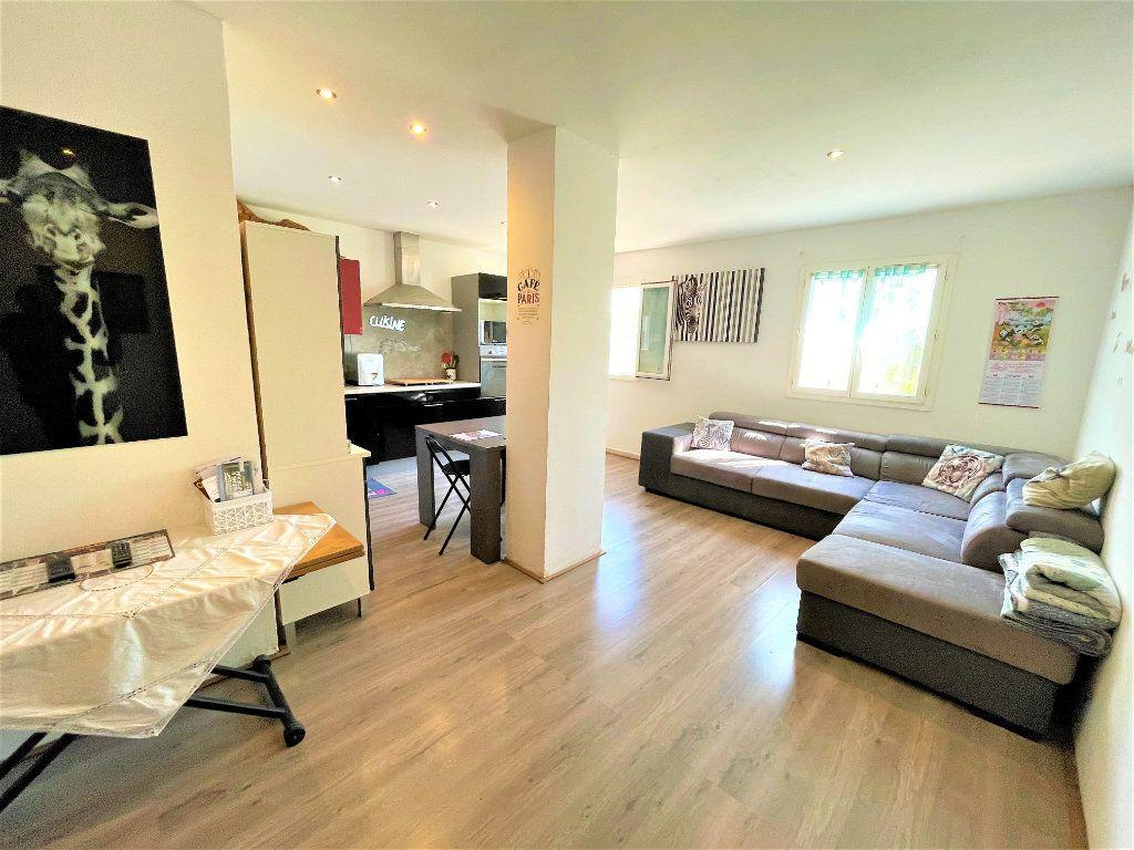 Maison à vendre 4 93m2 à Pégomas vignette-9