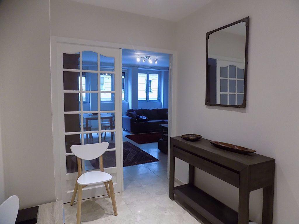Appartement à louer 1 11m2 à Lyon 6 vignette-4