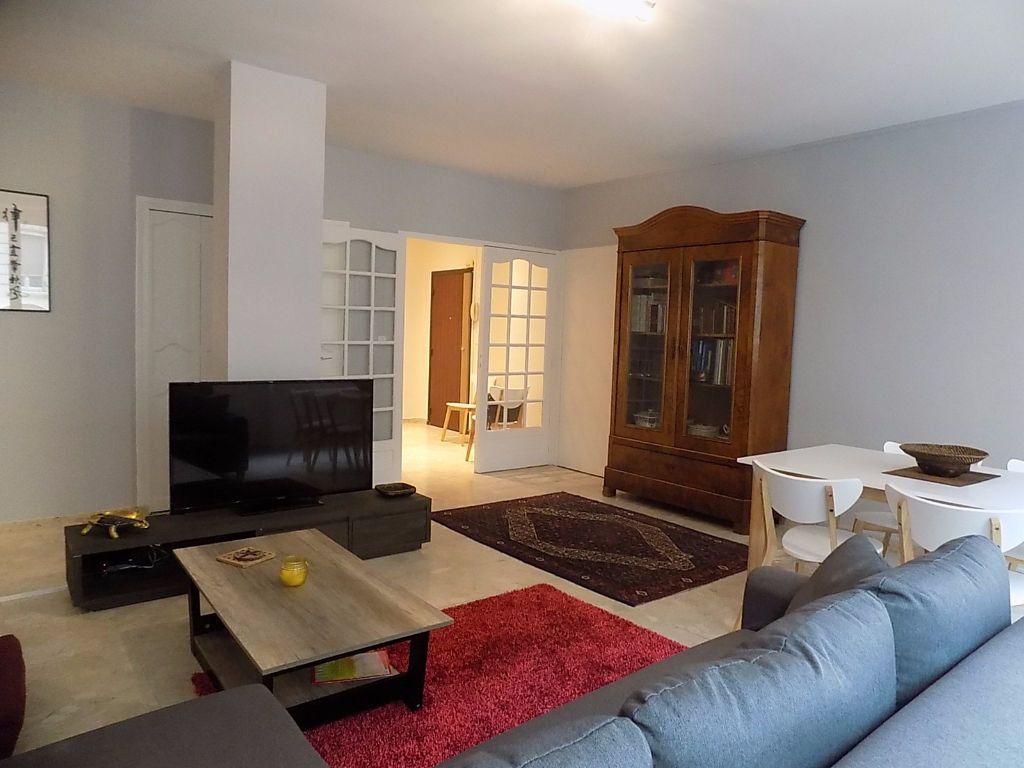 Appartement à louer 1 11m2 à Lyon 6 vignette-6