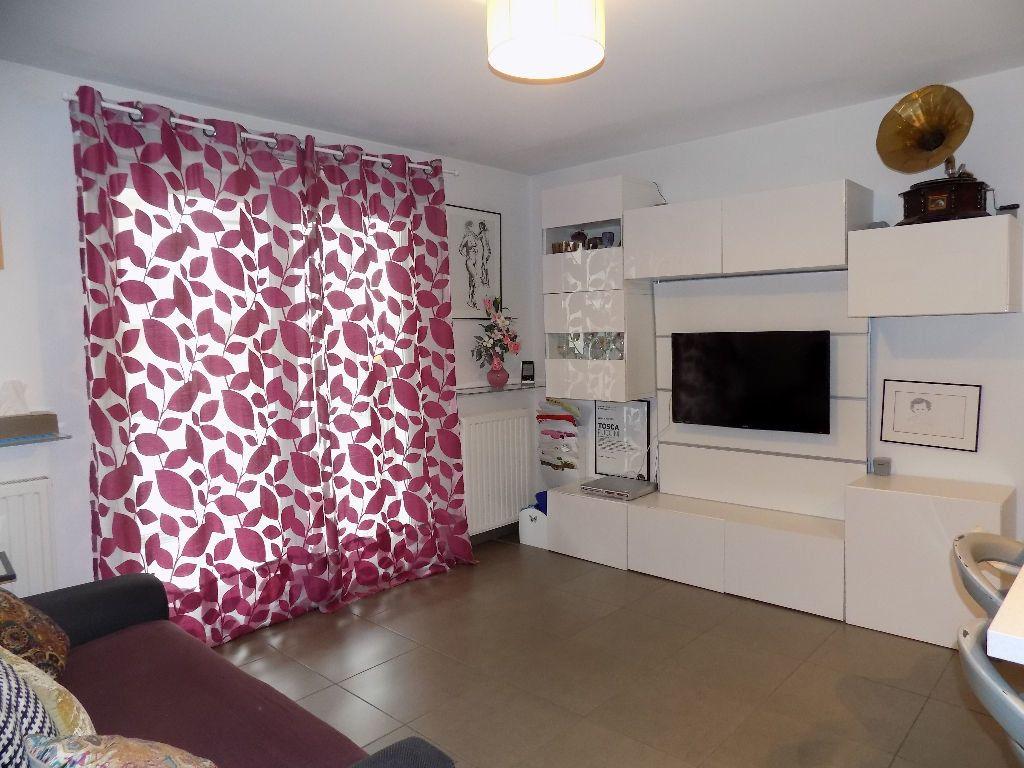 Appartement à louer 3 49m2 à Lyon 7 vignette-5