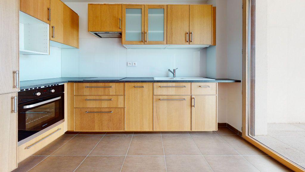 Appartement à vendre 4 100.51m2 à Lyon 7 vignette-3