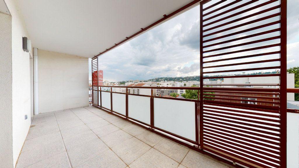 Appartement à vendre 4 100.51m2 à Lyon 7 vignette-13