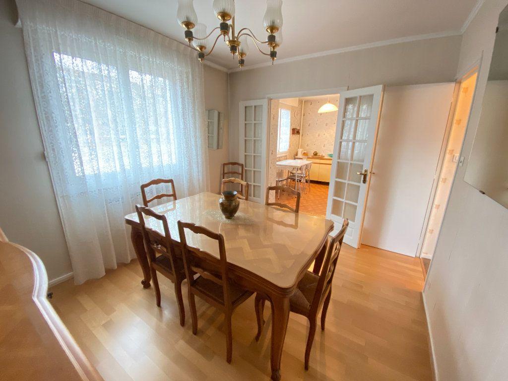 Appartement à vendre 3 67.34m2 à Lyon 7 vignette-10