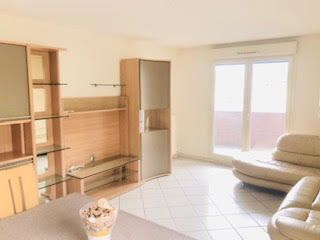 Appartement à vendre 4 81m2 à Lyon 7 vignette-2
