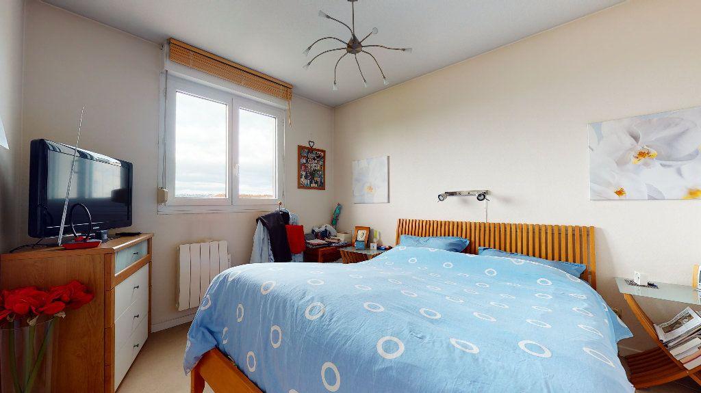 Appartement à vendre 5 106.4m2 à Lyon 7 vignette-6