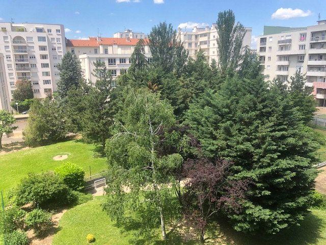Appartement à vendre 3 85m2 à Lyon 7 vignette-2