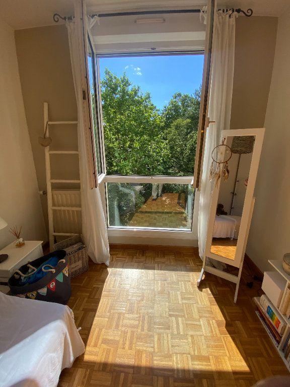Appartement à vendre 4 79.5m2 à Lyon 7 vignette-9