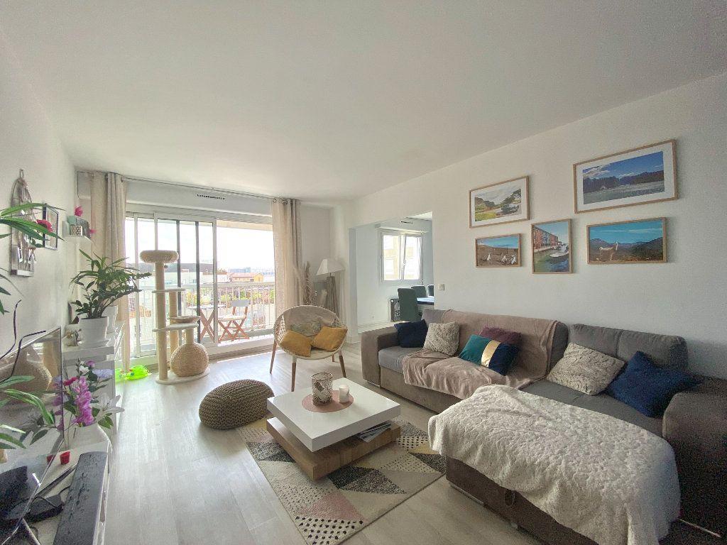 Appartement à vendre 3 78.16m2 à Lyon 7 vignette-3