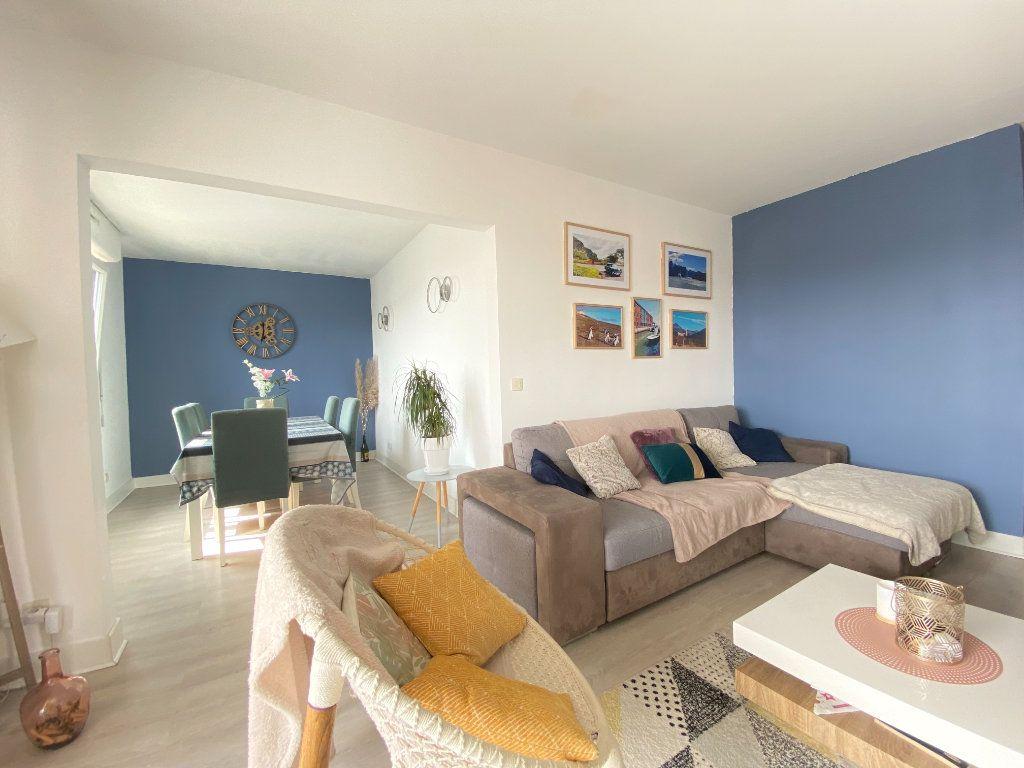 Appartement à vendre 3 78.16m2 à Lyon 7 vignette-4