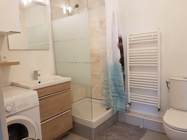 Appartement à louer 2 31m2 à Bron vignette-3