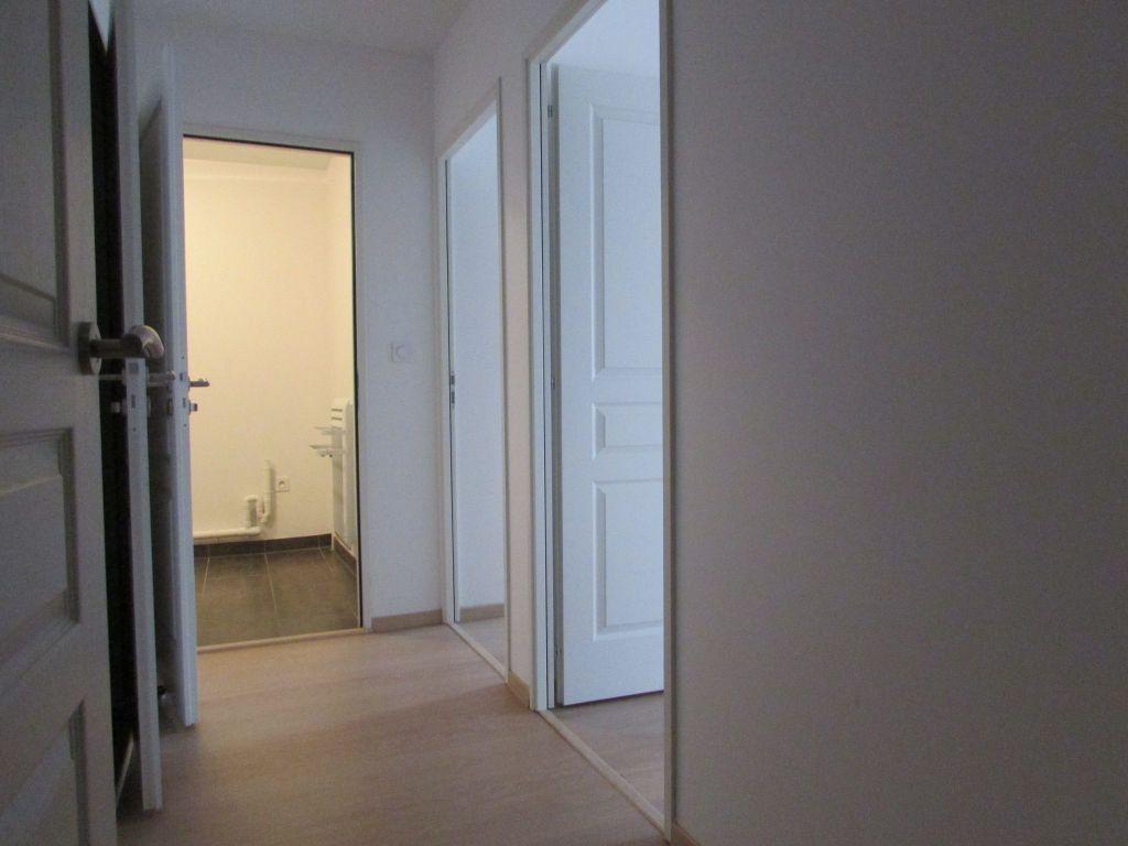 Appartement à louer 3 65.35m2 à Essey-lès-Nancy vignette-9