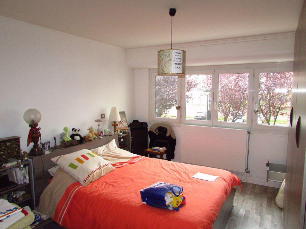 Appartement à louer 4 87.1m2 à Saint-Max vignette-4