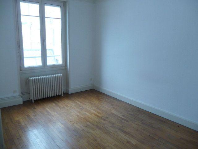 Appartement à louer 2 50.72m2 à Nancy vignette-2