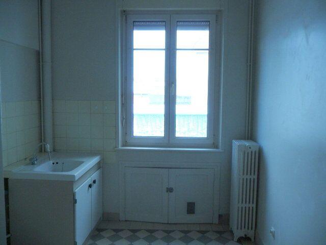 Appartement à louer 2 50.72m2 à Nancy vignette-6