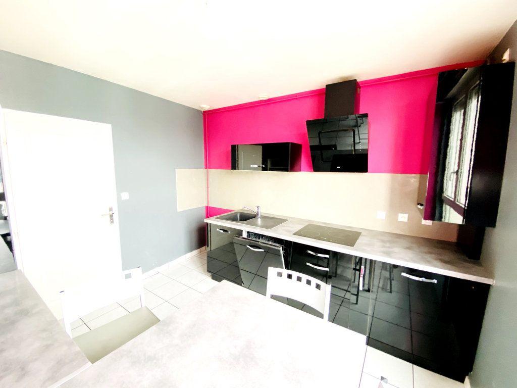 Appartement à vendre 6 128.43m2 à Nancy vignette-3