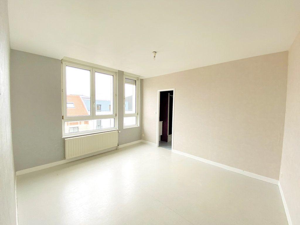 Appartement à vendre 6 128.43m2 à Nancy vignette-7