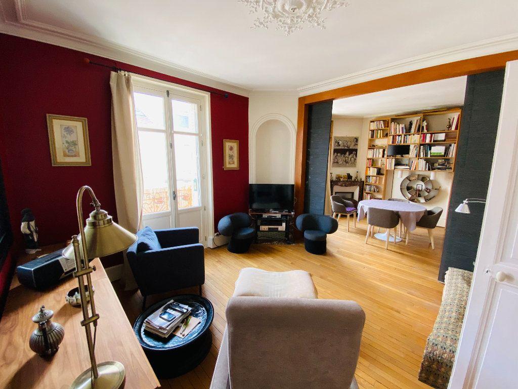 Appartement à vendre 3 132m2 à Nancy vignette-3