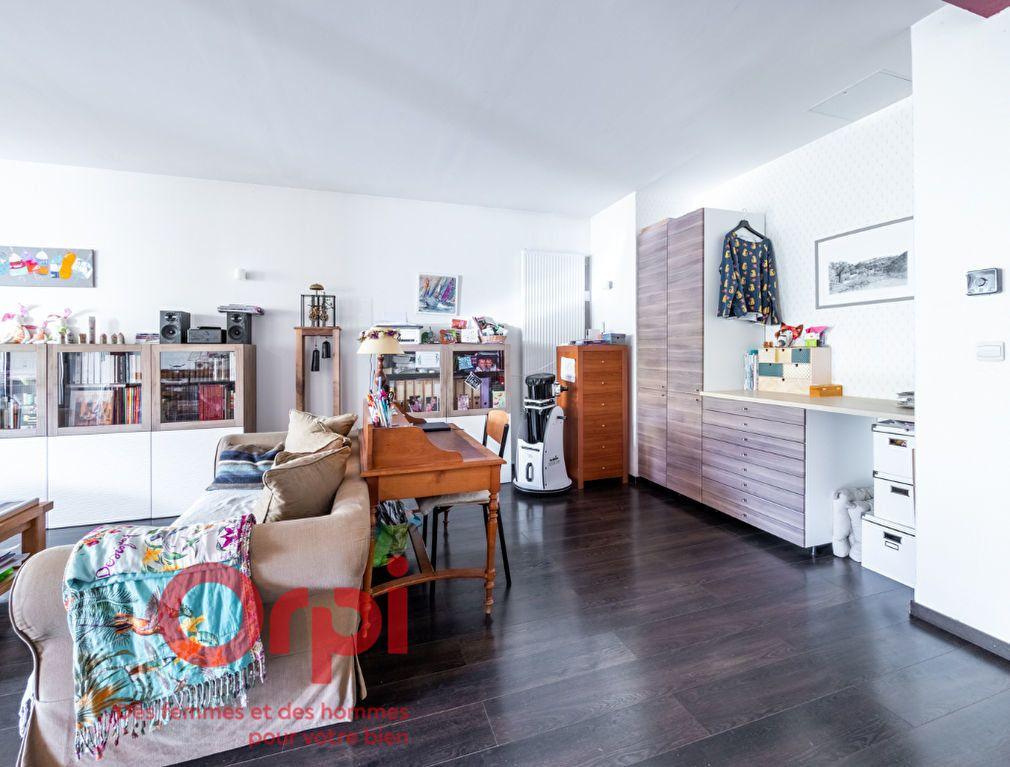 Appartement à vendre 4 124.31m2 à Nancy vignette-10