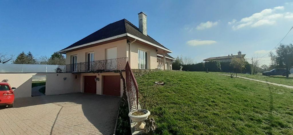Maison à vendre 6 200m2 à Favières vignette-1