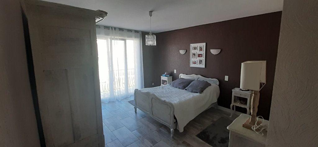 Maison à vendre 6 200m2 à Favières vignette-8