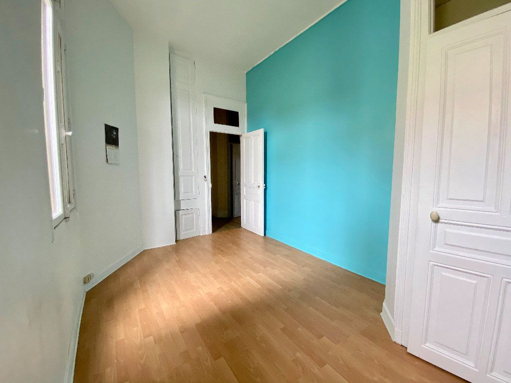 Appartement à vendre 2 52m2 à Nancy vignette-6