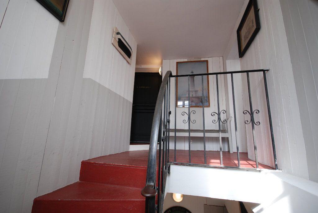 Immeuble à vendre 0 203m2 à Saint-Martin-de-Ré vignette-12