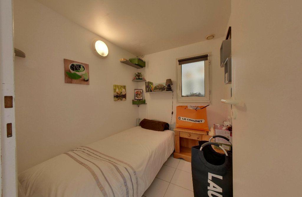 Maison à vendre 6 156m2 à Rivedoux-Plage vignette-13