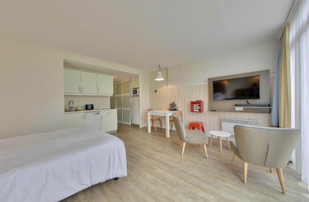 Appartement à vendre 1 33.8m2 à Saint-Martin-de-Ré vignette-2