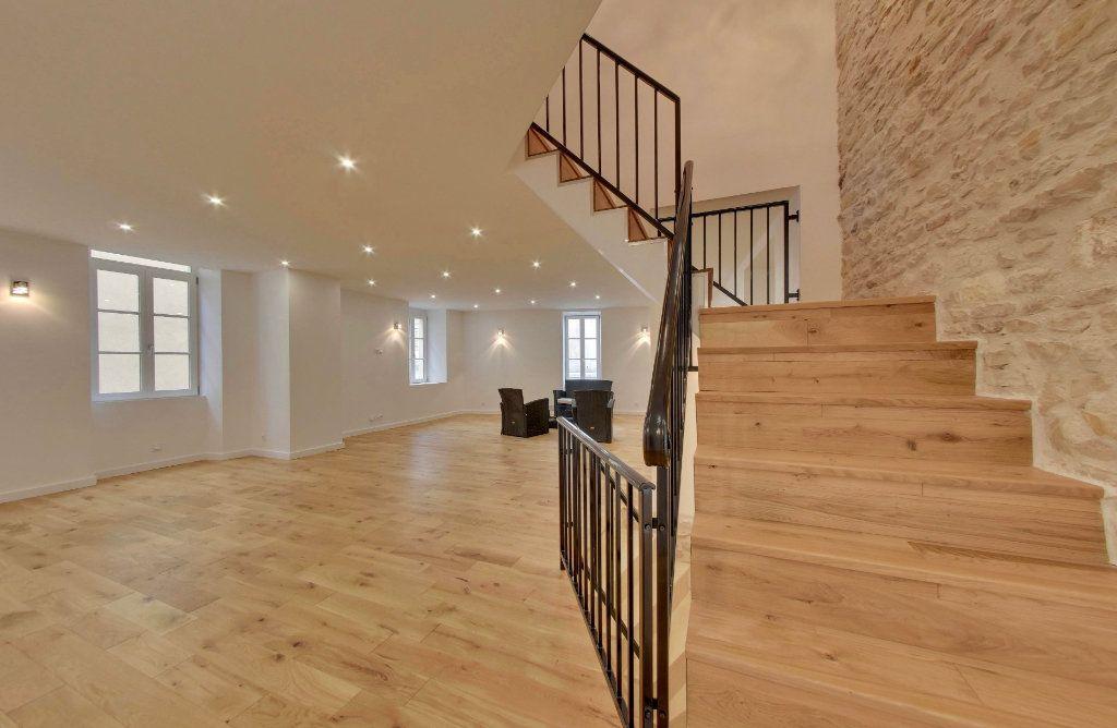 Maison à vendre 7 230m2 à Saint-Martin-de-Ré vignette-1