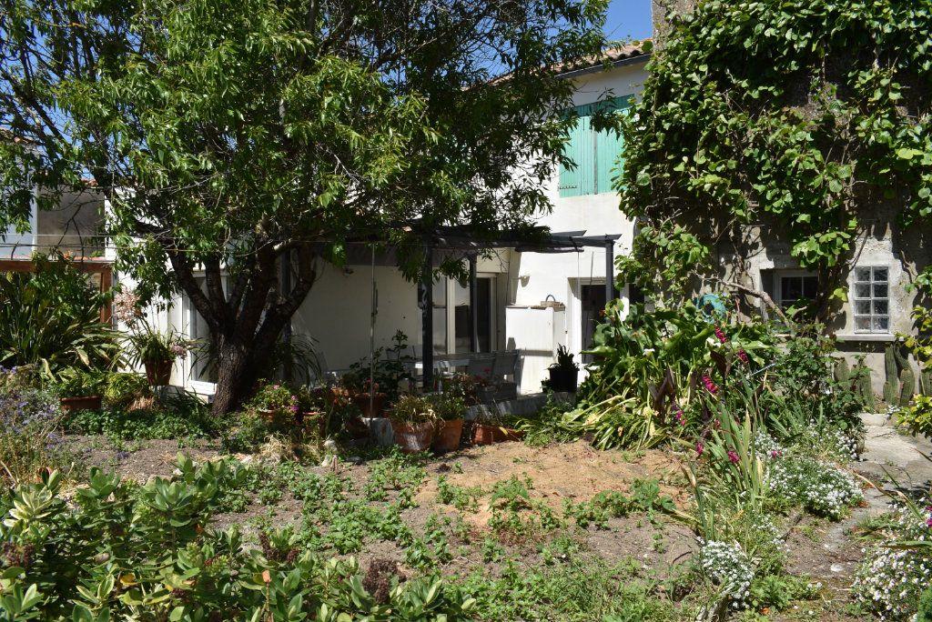 Maison à vendre 10 221m2 à Ars-en-Ré vignette-2
