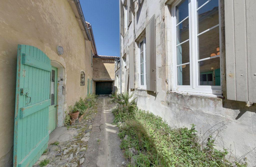Maison à vendre 6 160m2 à Saint-Martin-de-Ré vignette-14