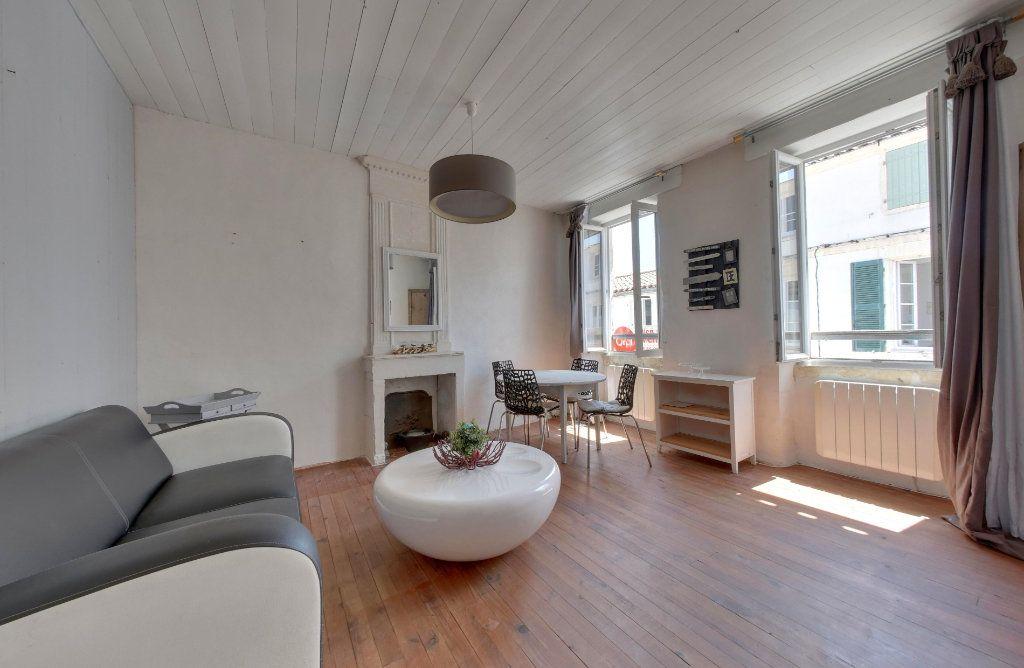 Appartement à vendre 3 48m2 à La Couarde-sur-Mer vignette-1