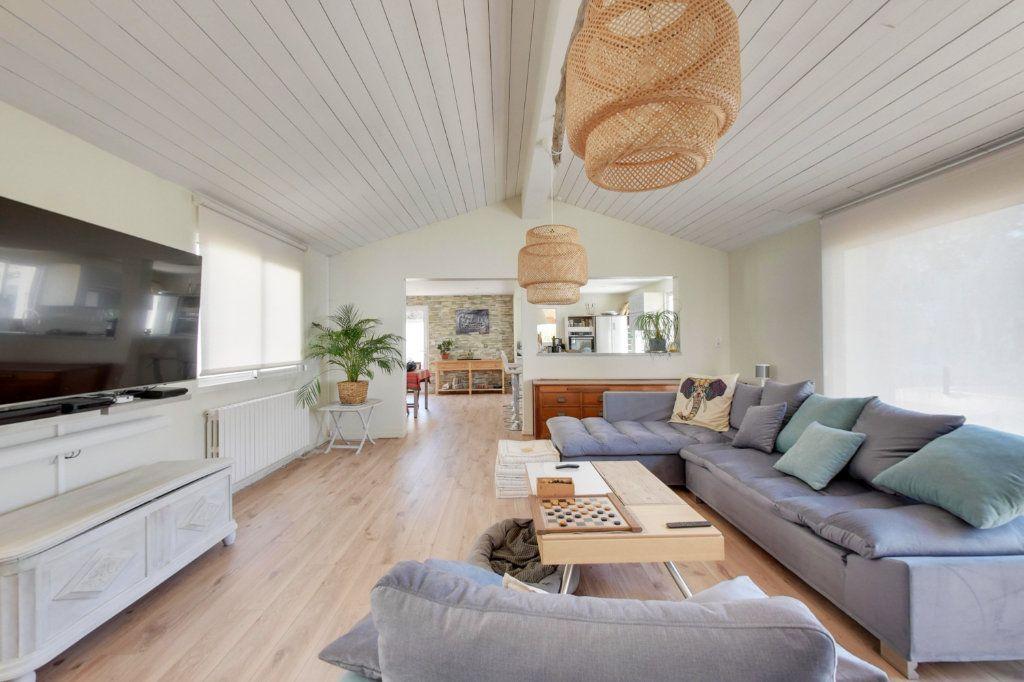Maison à vendre 10 318m2 à Saint-Martin-de-Ré vignette-2