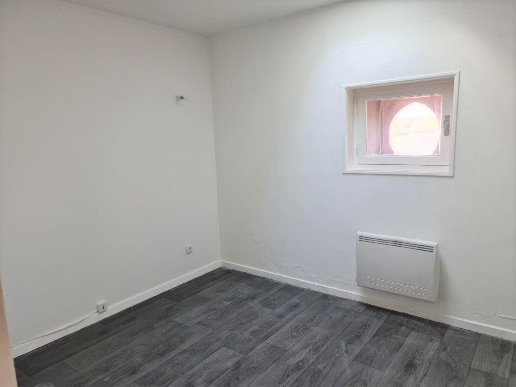 Appartement à louer 2 37m2 à Saint-Lys vignette-3