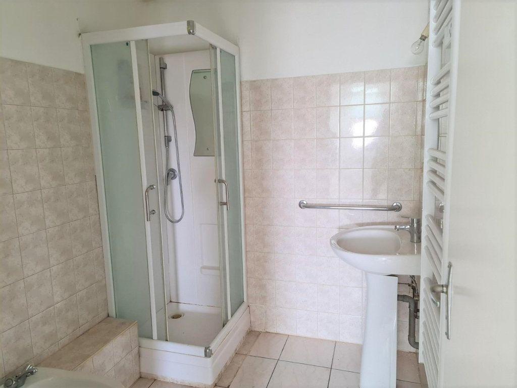 Appartement à louer 2 37m2 à Saint-Lys vignette-4