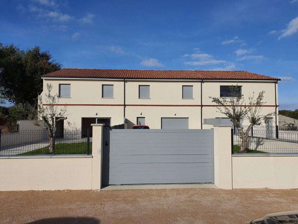 Maison à louer 6 196m2 à Saiguède vignette-9