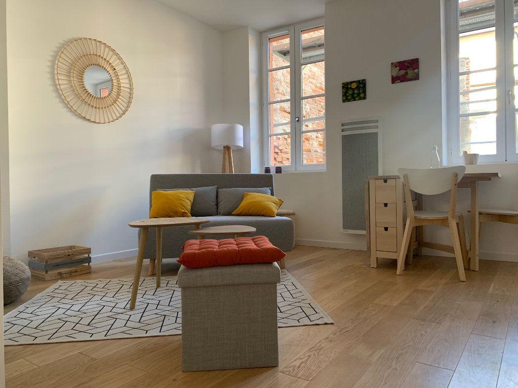 Appartement à louer 2 34m2 à Toulouse vignette-1