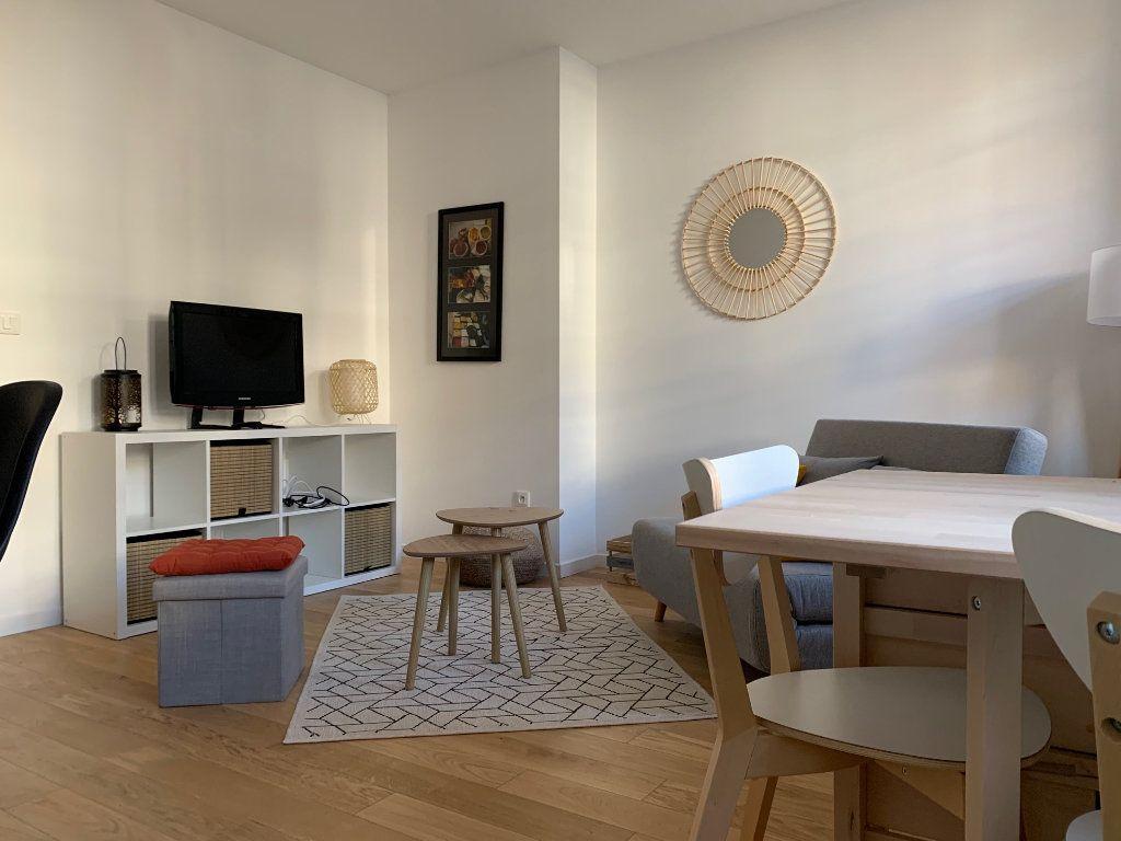 Appartement à louer 2 34m2 à Toulouse vignette-2