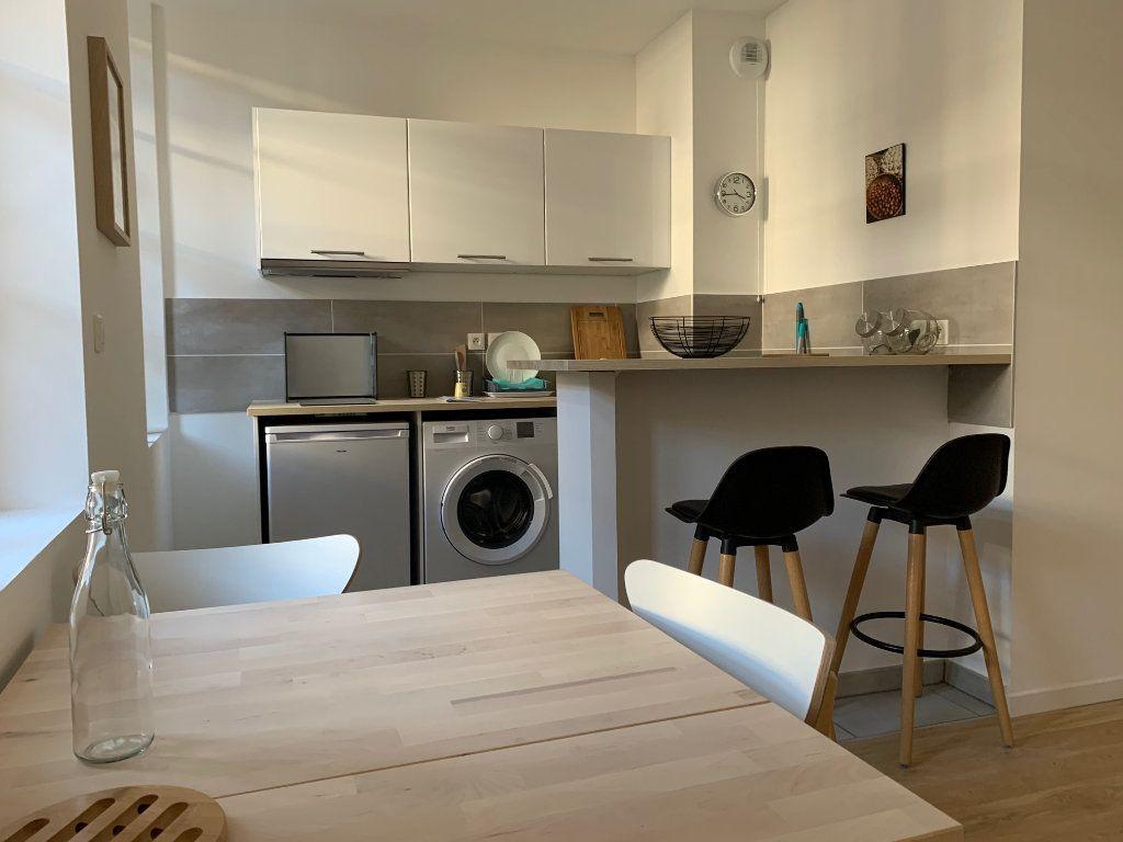 Appartement à louer 2 34m2 à Toulouse vignette-3