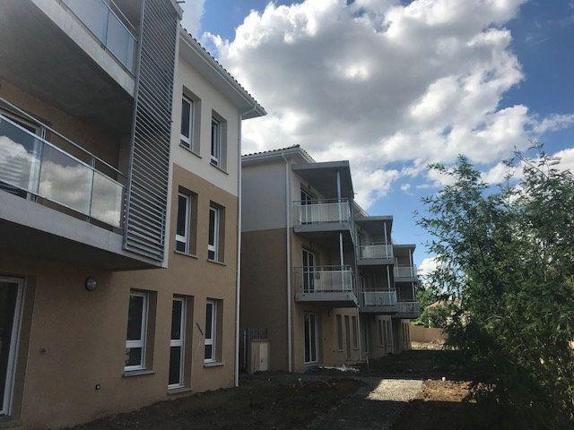 Appartement à louer 3 55m2 à Pinsaguel vignette-1