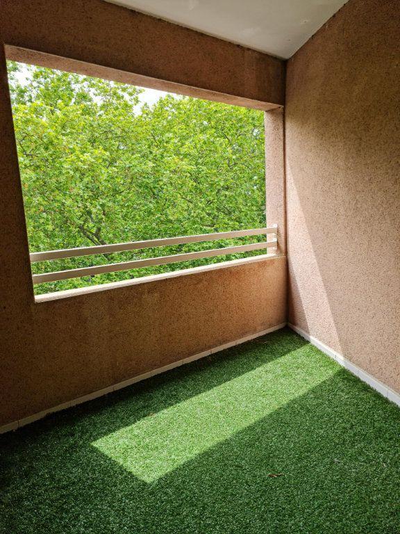 Appartement à louer 3 68m2 à Toulouse vignette-5