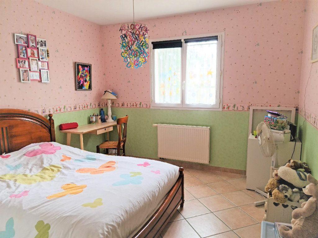 Maison à louer 5 147.24m2 à Plaisance-du-Touch vignette-4