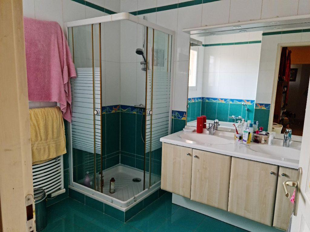 Maison à louer 5 147.24m2 à Plaisance-du-Touch vignette-5