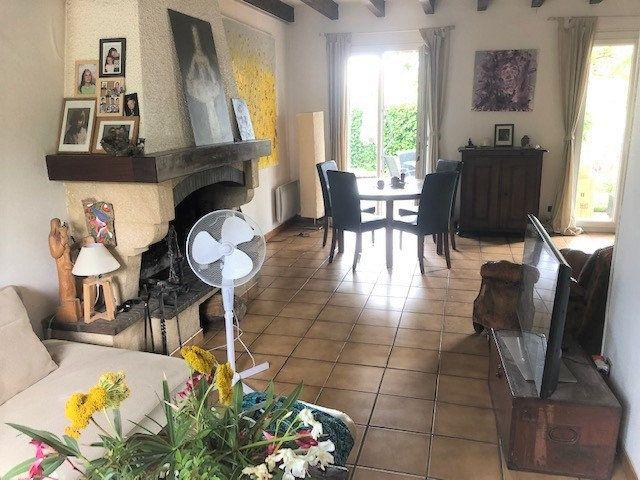 Maison à louer 5 127.56m2 à Tournefeuille vignette-2